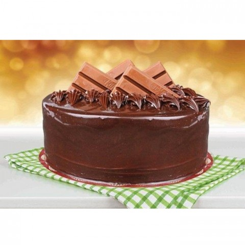 Kit Kat Chocolate Cake By (Bread & Beyond)